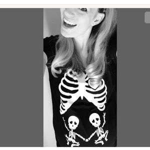 Twins ! Maternity Halloween baby skeleton t shirt